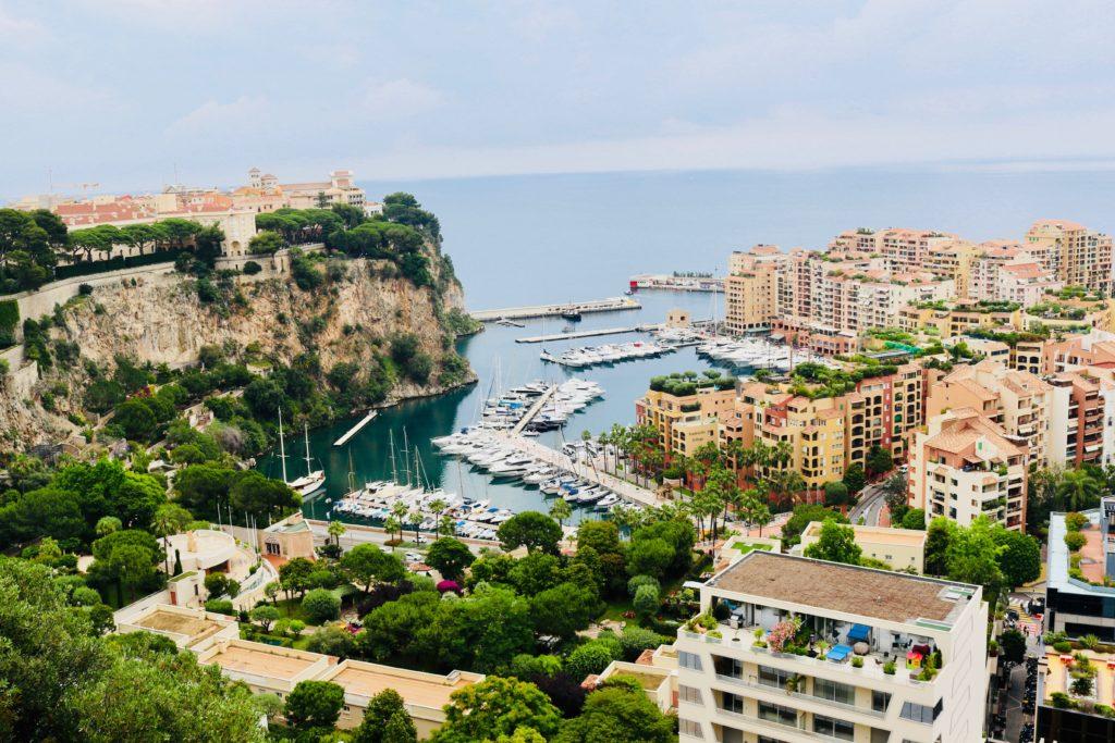 Monaco. Foto door Roxana Crusemire van Unsplash